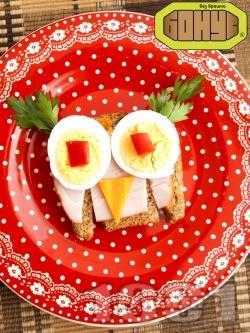 Детски сандвич Вкусен бухал - снимка на рецептата